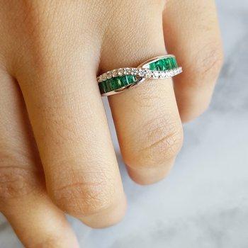DNA Emerald Diamond Ring
