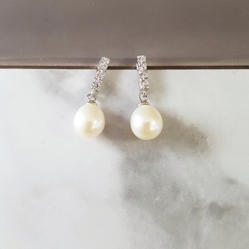 Freshwater Pearl Drop Studs