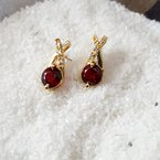 Arizona Anthill Garnet Gold Jewelry Criss Cross Stud Earrings