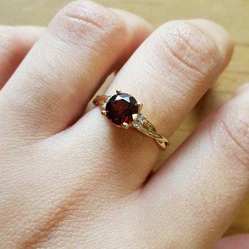 Round Garnet Ring