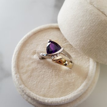 Two Tone Trillion Arizona Amethyst Ring