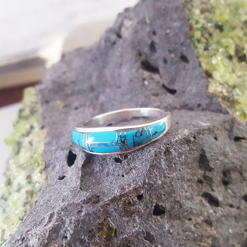 Arizona Turquoise and Inlaid Jewelry Turquoise Tapered Ring