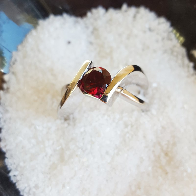 Arizona Anthill Garnet Silver Jewelry Open Shank Bypass Ring