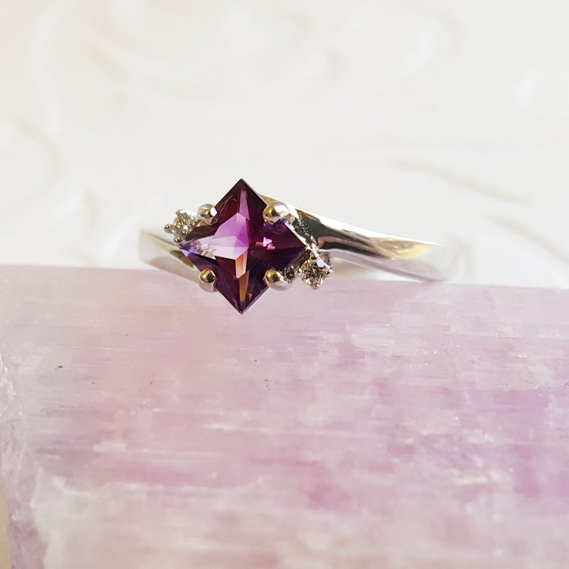 Arizona Amethyst™ Silver Jewelry Amethyst Princess Cut Offset Ring