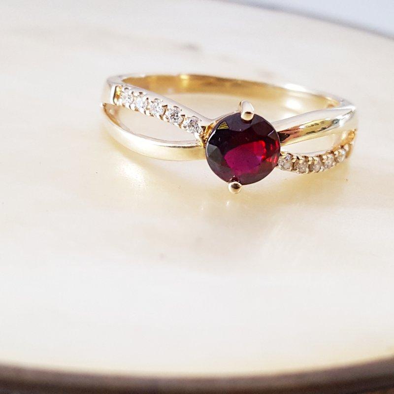 Arizona Anthill Garnet Gold Jewelry Split Shank Ring