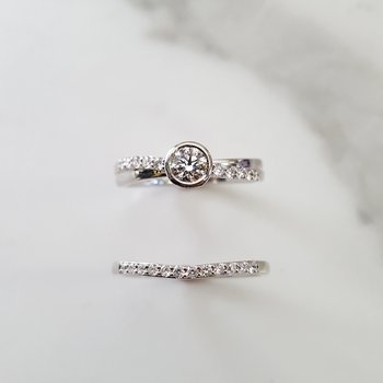 Bezel Wedding Set