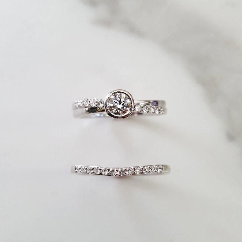 Sami Fine Jewelry Bezel Wedding Set