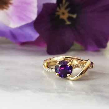 Amethyst Swoop Band Ring