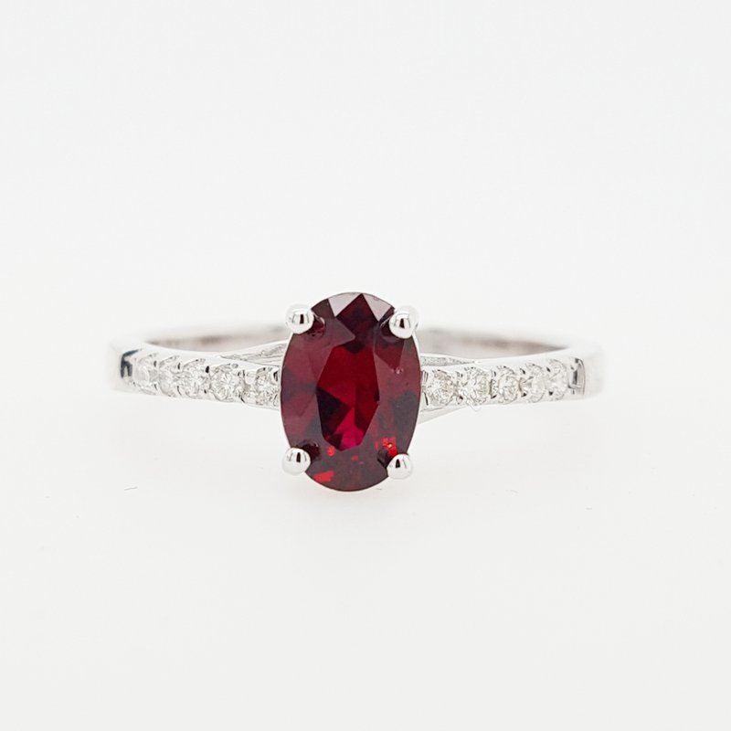 Arizona Anthill Garnet Gold Jewelry Oval Solitaire Ring