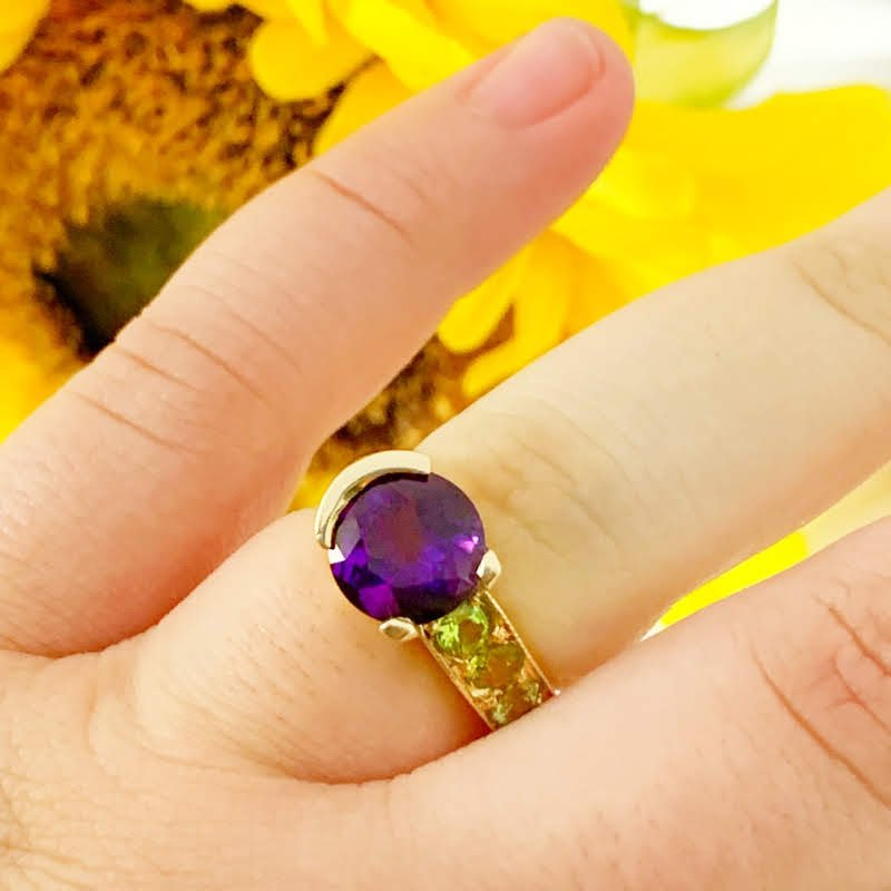 Arizona Amethyst™ Gold Jewelry Amethyst Ring with Peridot