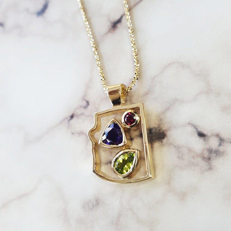 Arizona Amethyst™ Gold Jewelry Explorer Pendant