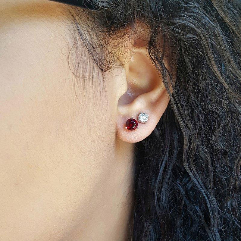 Arizona Anthill Garnet Gold Jewelry Essential 1 1/4CT Round Earrings