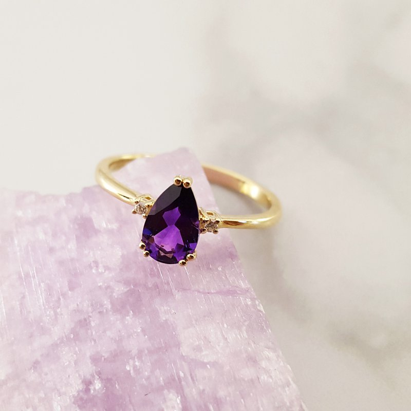 Arizona Amethyst™ Gold Jewelry Pear Double Prong Ring