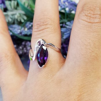 Amethyst Marquise Wave Ring