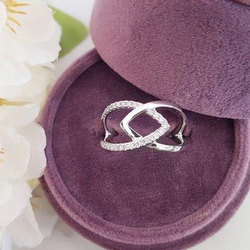 Lovely Diamond Shank Ring
