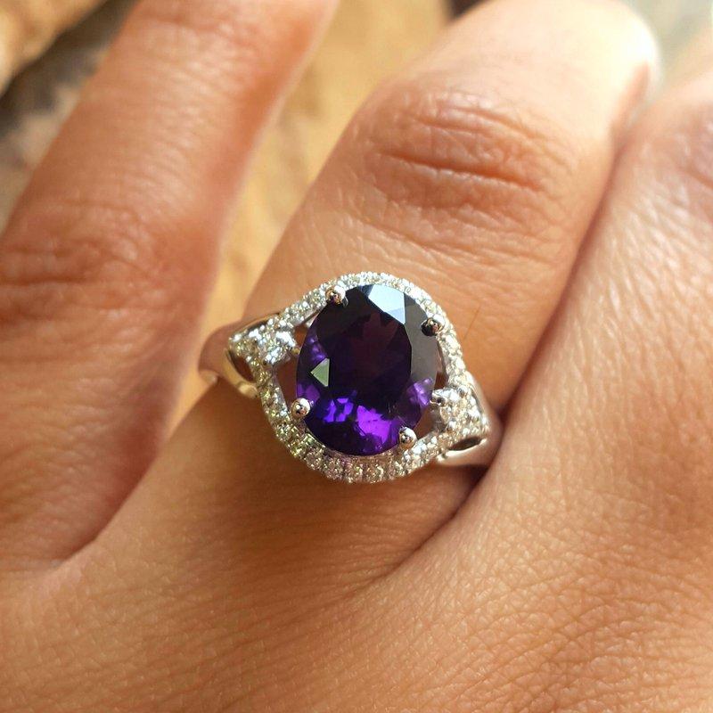 Arizona Amethyst™ Gold Jewelry Oval Halo Ring