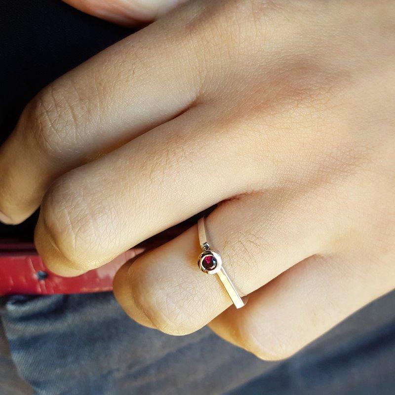 Arizona Anthill Garnet Gold Jewelry Round Stackable Ring