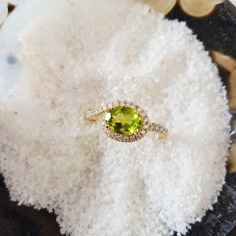 Arizona Peridot Gold Jewelry Oval Peridot Diamond Accent Swirl Ring