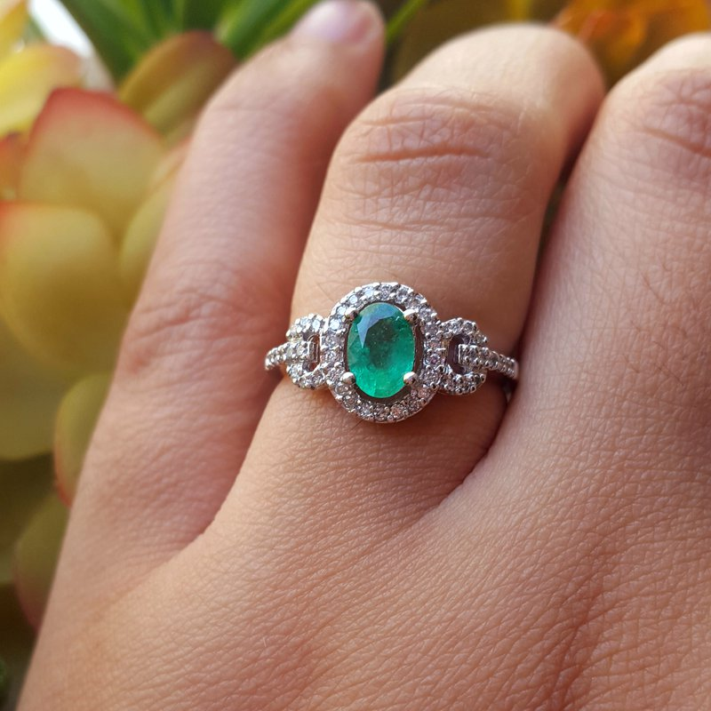 Sami Fine Jewelry Emerald Halo Ring
