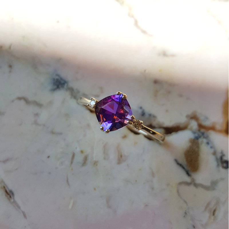 Arizona Amethyst™ Gold Jewelry Double Prong Cushion Cut Ring