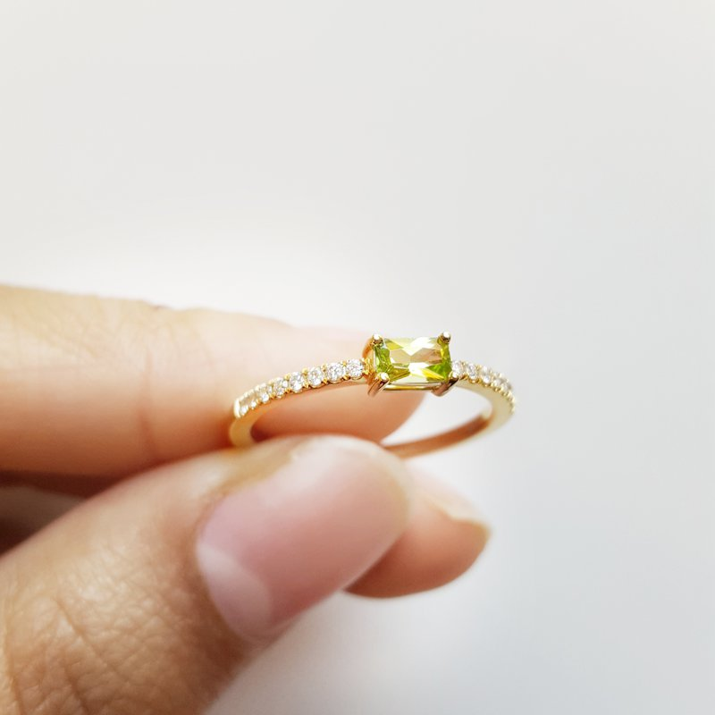Arizona Peridot Gold Jewelry Stackable Peridot Ring