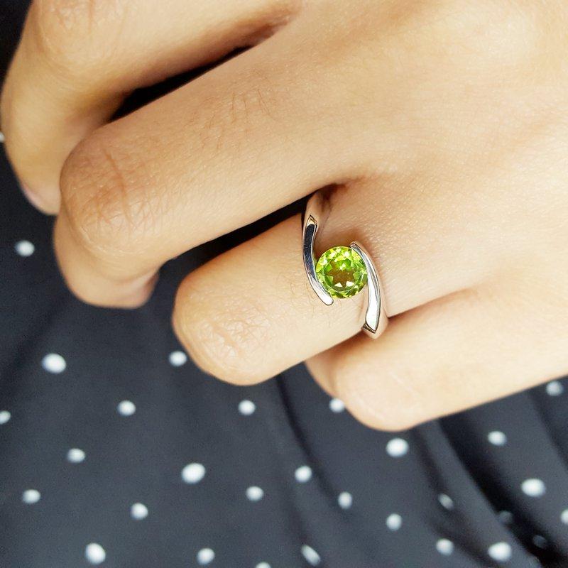 Arizona Peridot Silver Jewelry Bypass Ring
