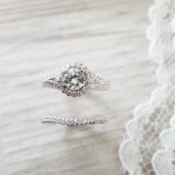 Timeless Wedding Set