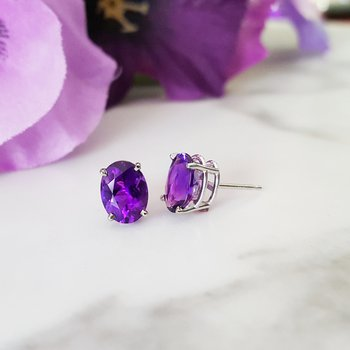 Essential 1 3/4CT Oval Amethyst Studs