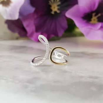 Two-Tone Loop Diamond Fashion Ring