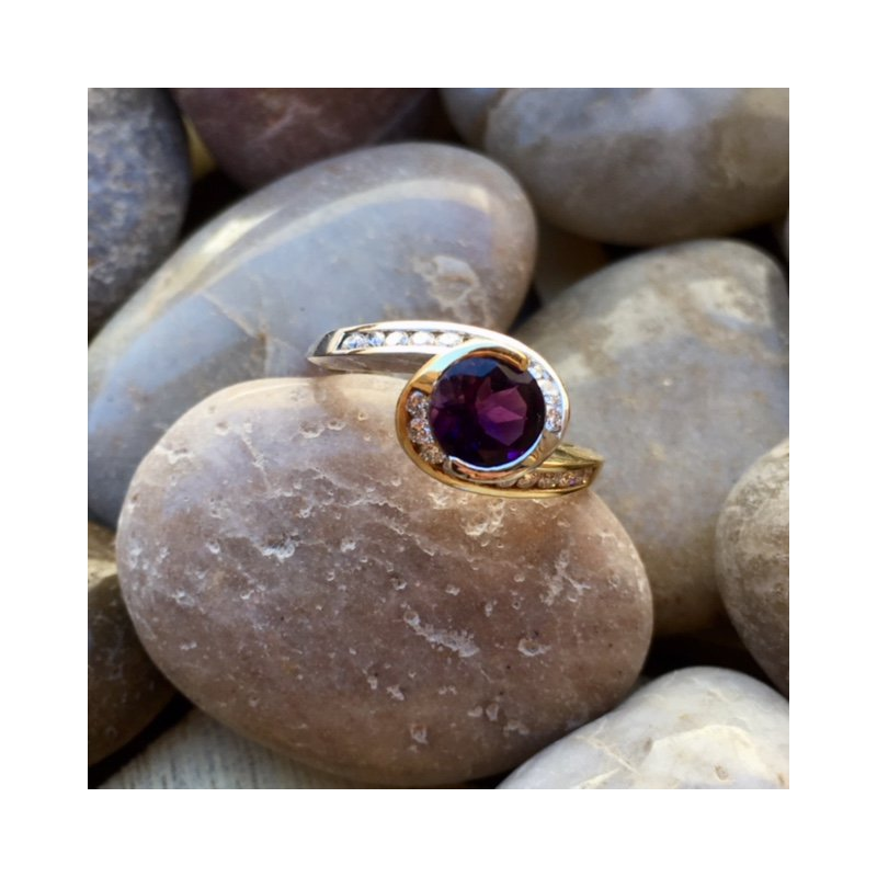 Arizona Amethyst™ Gold Jewelry Bezel Wrap Ring