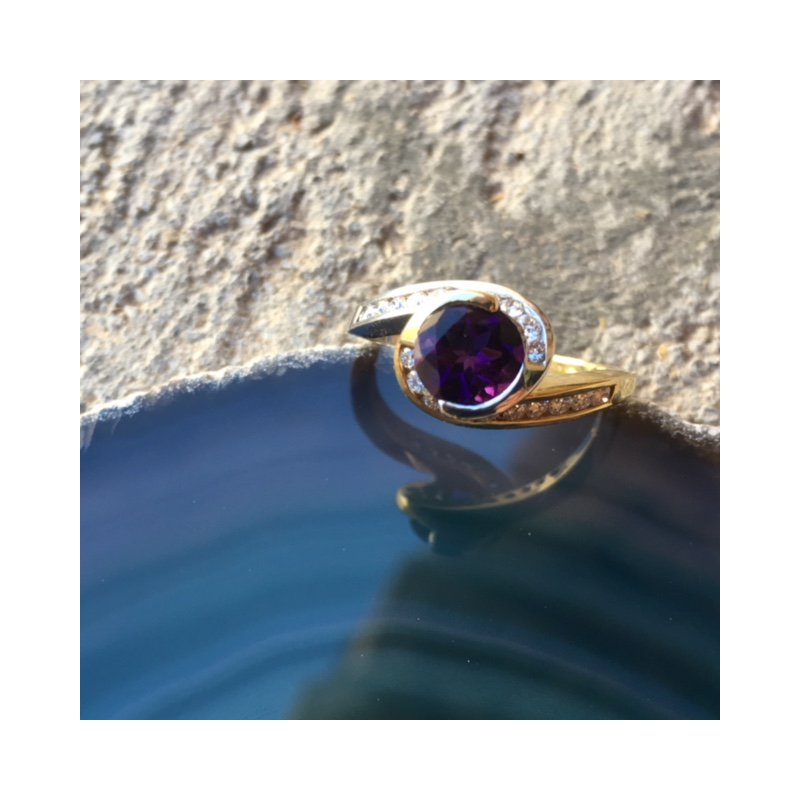 Arizona Amethyst™ Gold Jewelry Bezel Wrap Ring