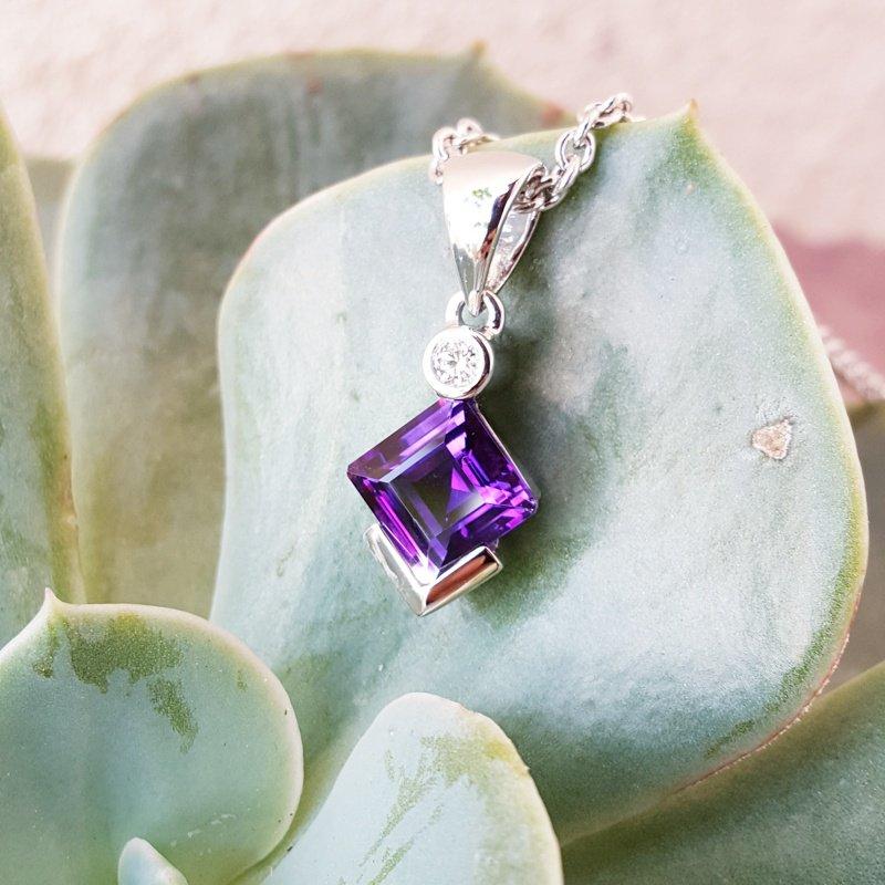 Arizona Amethyst™ Gold Jewelry Princess Pendant