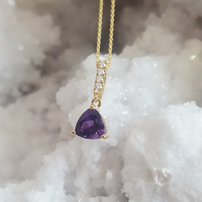 Arizona Amethyst™ Gold Jewelry Amethyst Trillion Pendant