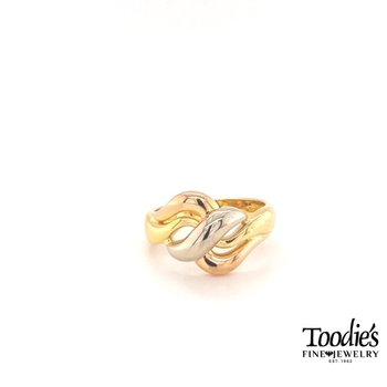 Tricolor Wave Ring