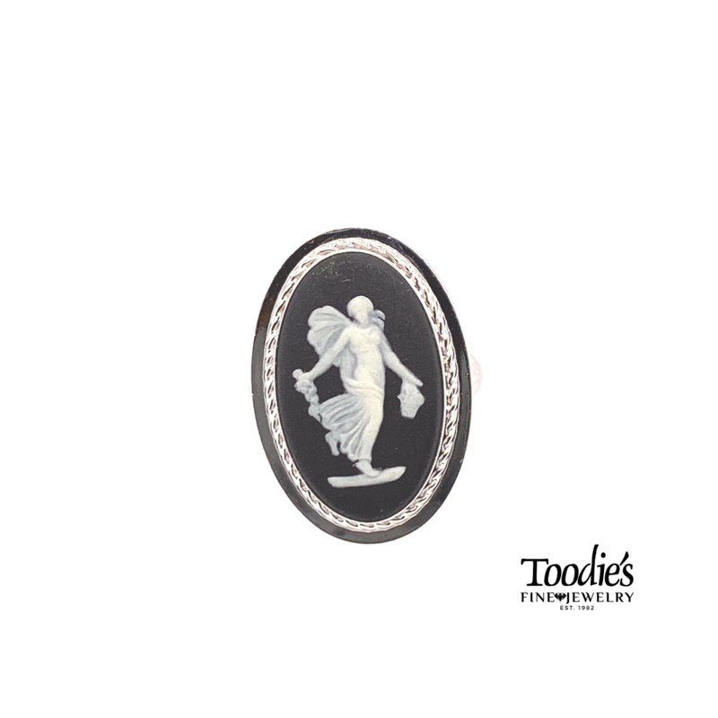 Toodie's Signature Fashion Vintage Cameo Ring