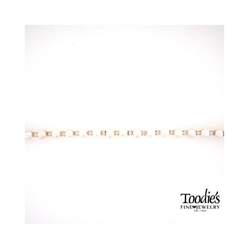 Toodie's Signature Fashion Pearl and Diamond Bracelet