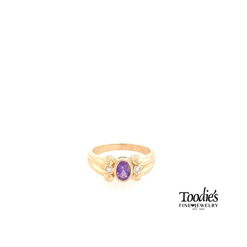 Toodie's Signature Fashion Amethyst And Diamond Three Stone Ring