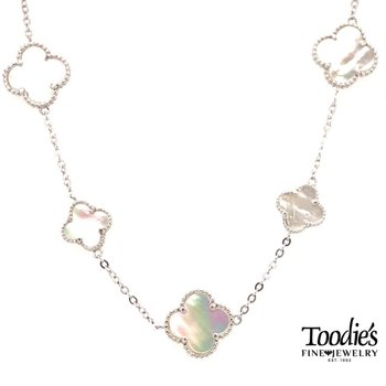 Mother Of Pearl Clover Design Necklace