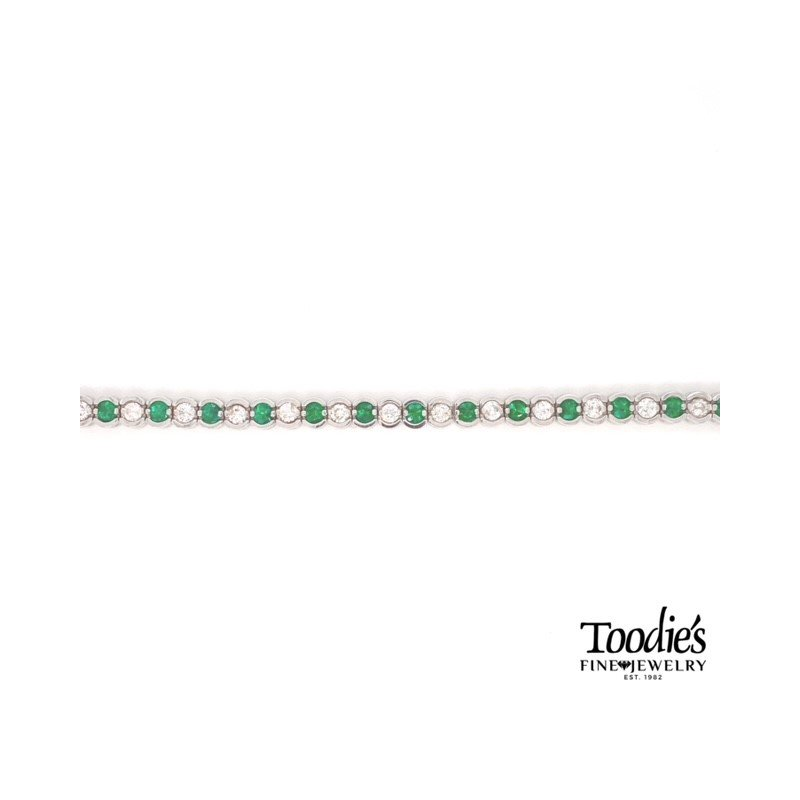 Toodie's Signature Fashion Emerald And Diamond Bracelet