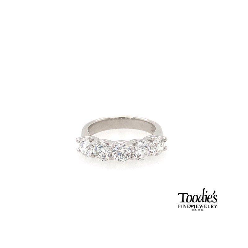 Toodie's Signature Fashion Classic White Gold 5 Stone Band