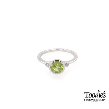 Sterling Silver Peridot And Diamond Fashion Ring