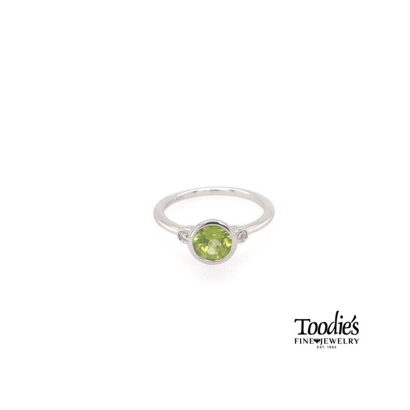 Gabriel Fashion Sterling Silver Peridot And Diamond Fashion Ring