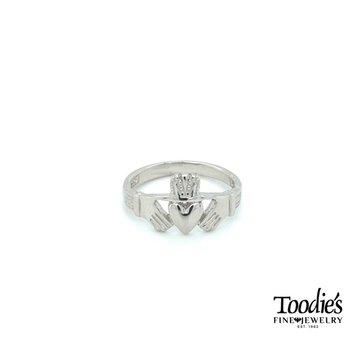 Silver Claddaugh Ring