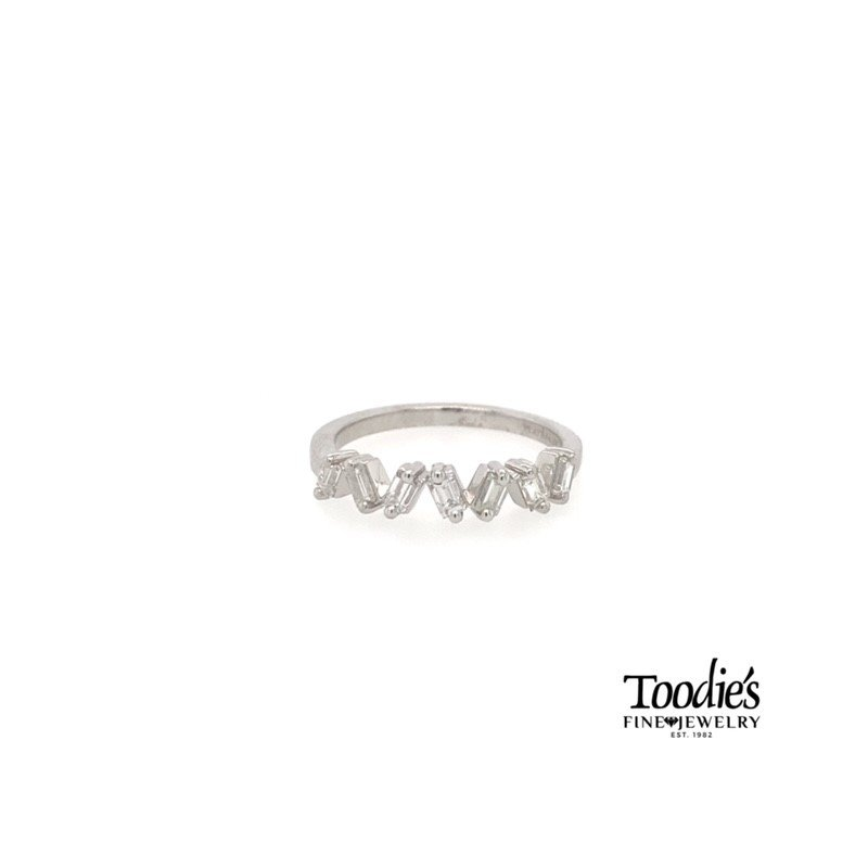 Toodie's Signature Fashion Floating Baguette Diamond Band