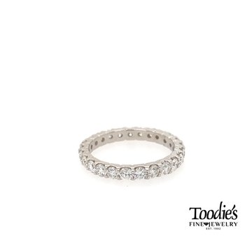 *BEST Seller* Diamond Shared Prong Eternity Band
