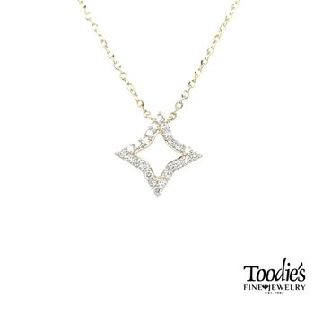 Diamond Quattrafoil Design Pendant