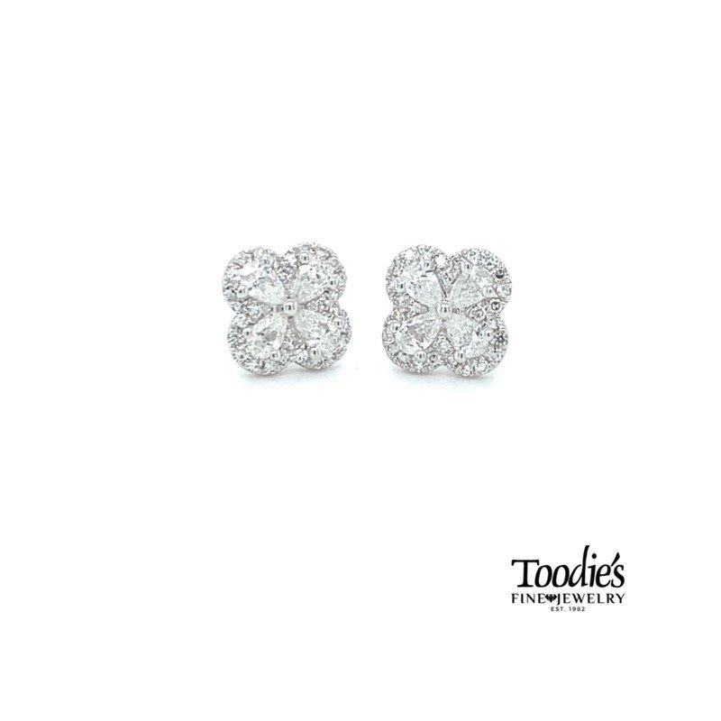 Shy Creation Clover Design Diamond Earrings