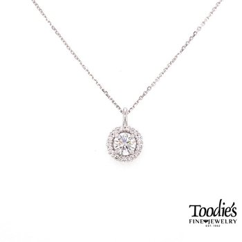 Round Diamond Halo Necklace