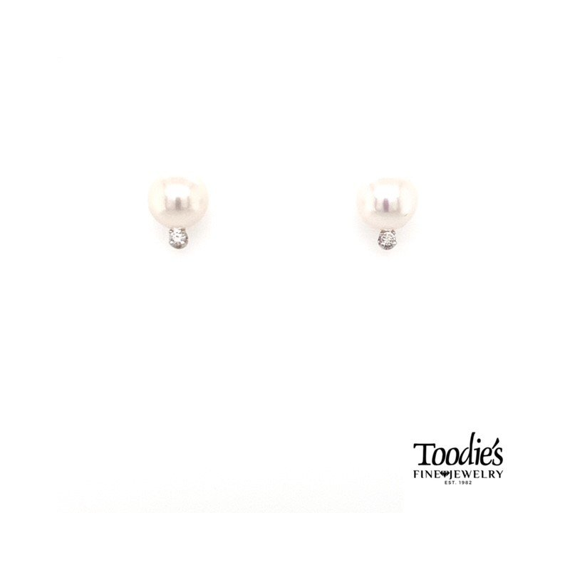 Toodie's Signature Fashion Pearl and Diamond Stud Earrings