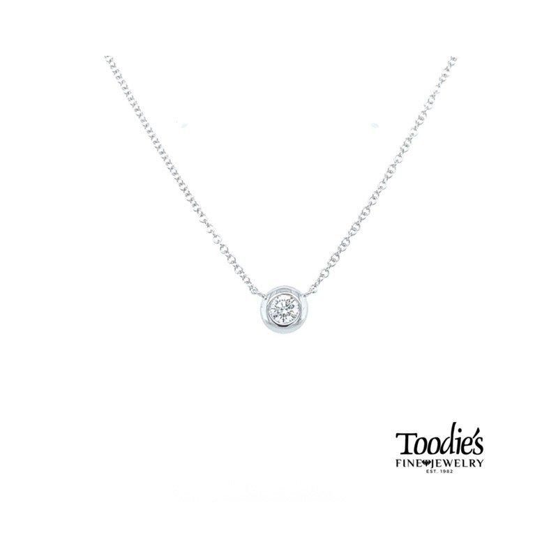 Shy Creation Bezel Set Diamond Solitaire Pendant